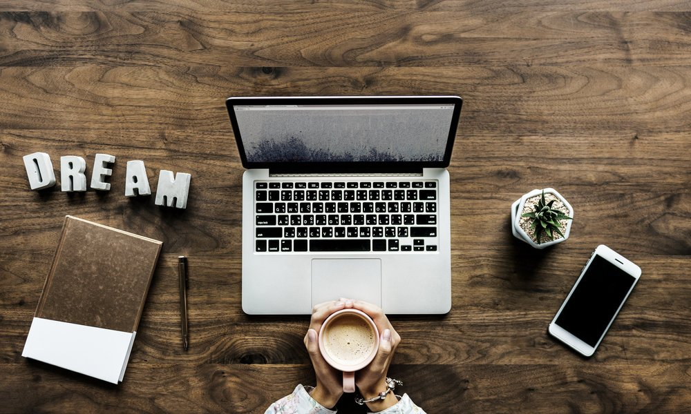 4 Reasons Why Your Small Business Needs A Website